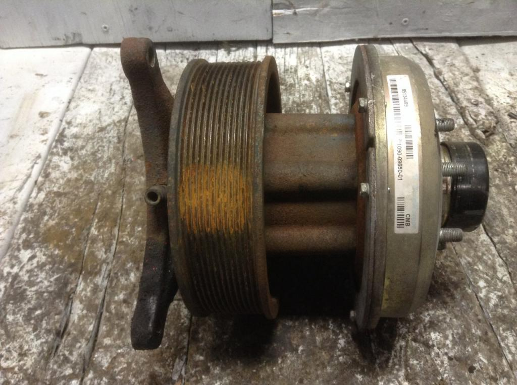 Used Fan Clutch for 2009 VOLVO VNL 250.00 for sale-57242191
