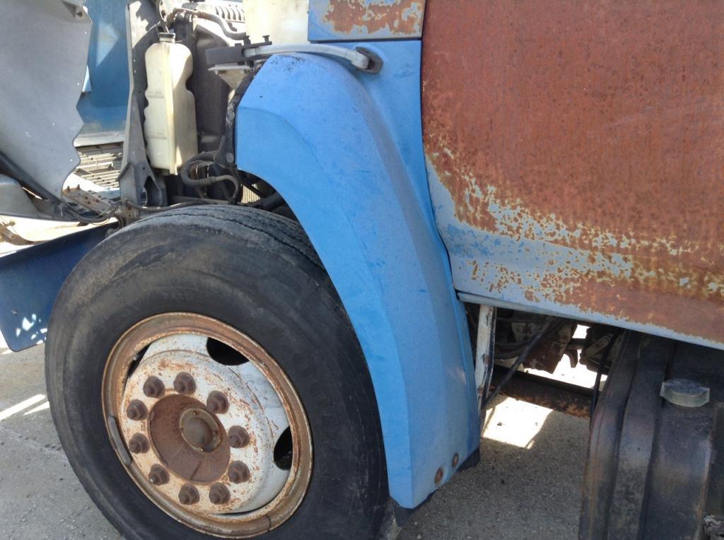 Used Fender for 1989 Ford F700 100.00 for sale-57254911