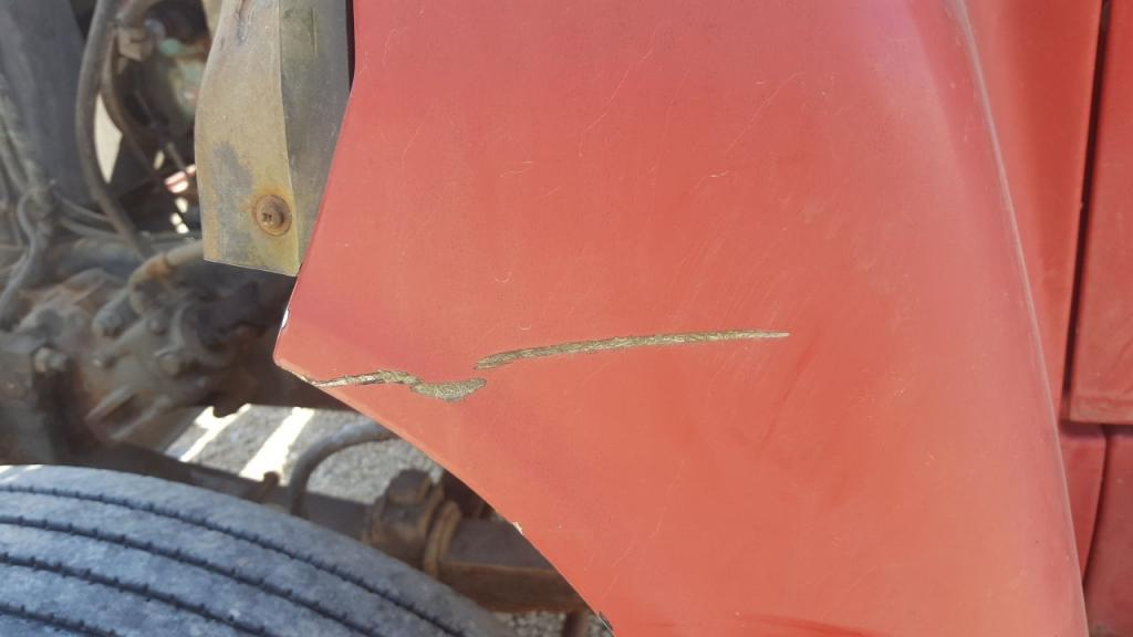 Used Fender for 1991 Ford LN8000 100.00 for sale-57255381