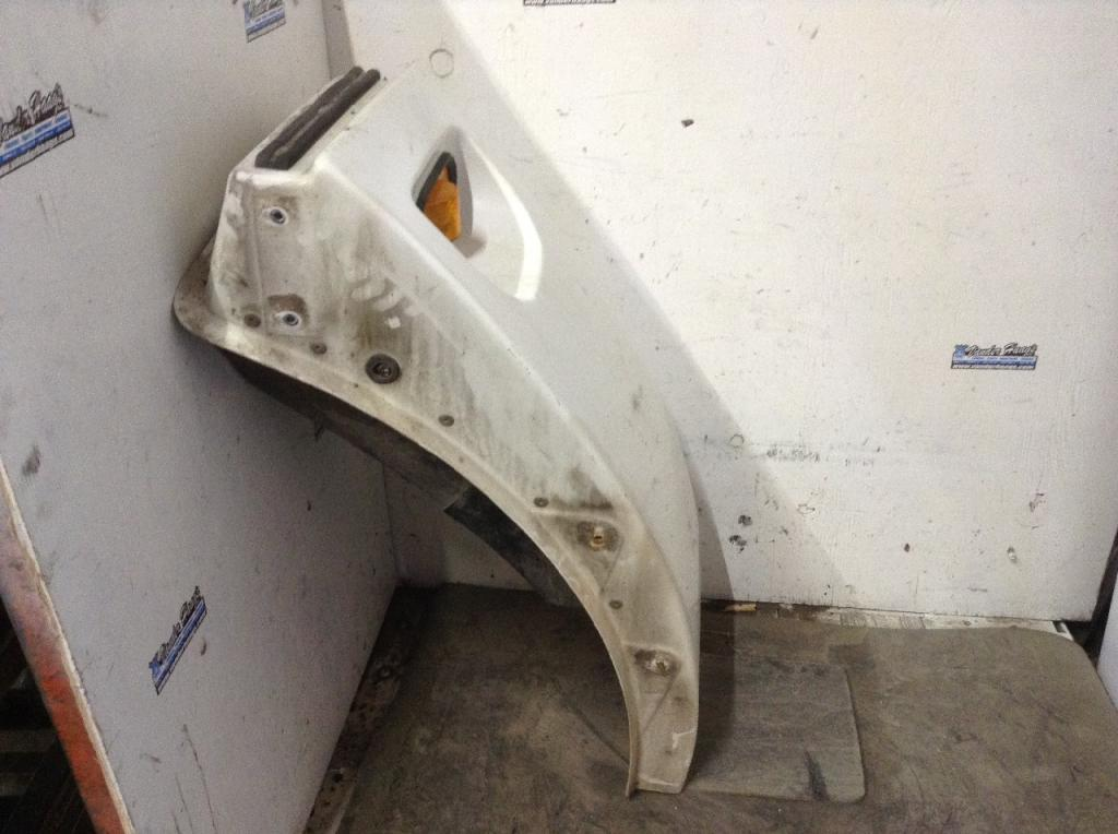 Used Fender for 2006 KENWORTH T300 250.00 for sale-57255661