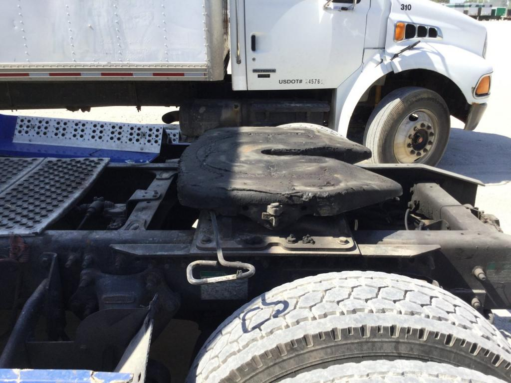 Used Fifth Wheel for 1997 FREIGHTLINER FLD112 350.00 for sale-57265801