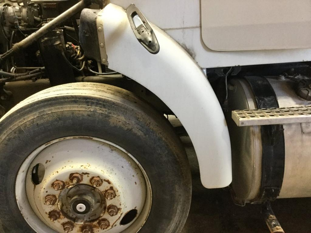 Used Fender for 1995 VOLVO WG 150.00 for sale-57256051