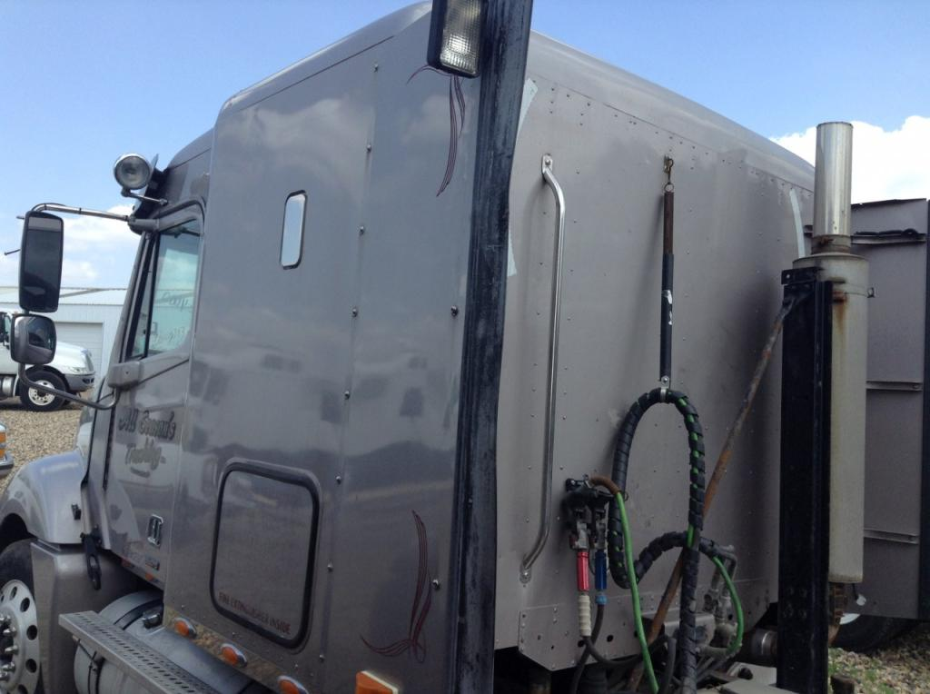 Used Fairing for 2005 FREIGHTLINER COLUMBIA 120 150.00 for sale-57225241