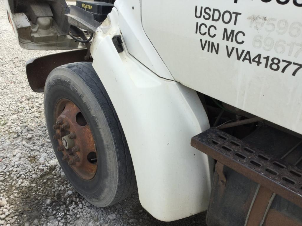 Used Fender for 1997 Ford L8501 150.00 for sale-57256351