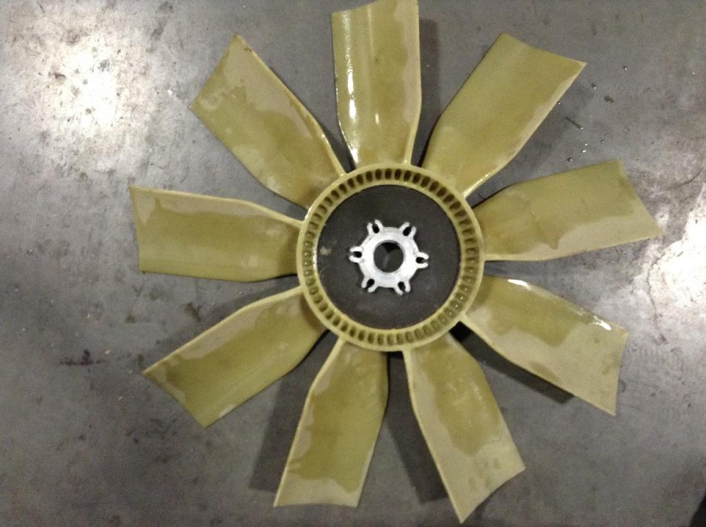 Used Fan Blade for 1995 FREIGHTLINER FLD112SD 75.00 for sale-57241241
