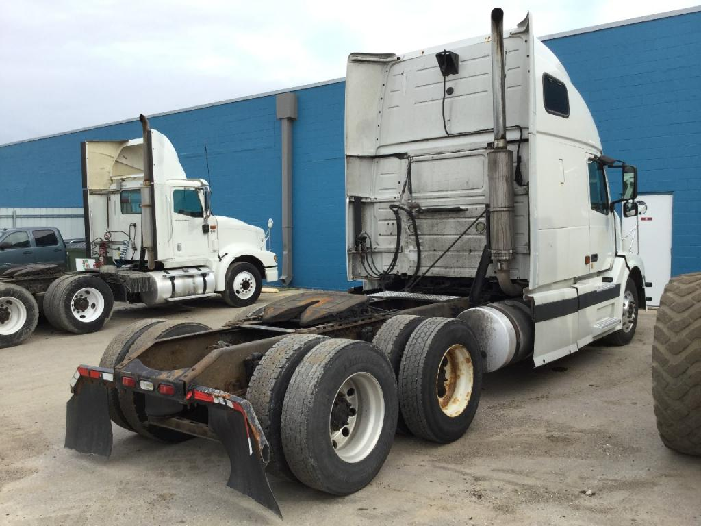 Used Engine Assembly for 2005 VOLVO VNL 6995.00 for sale-57196001