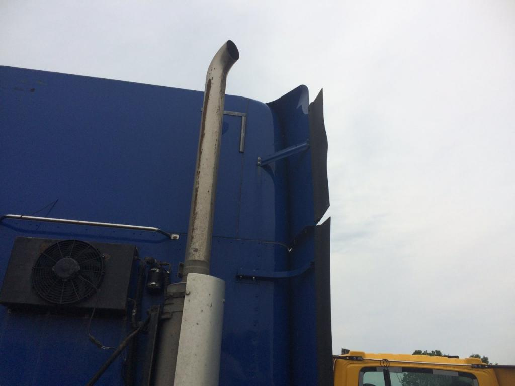 Used Fairing for 2012 FREIGHTLINER COLUMBIA 120 250.00 for sale-57234531