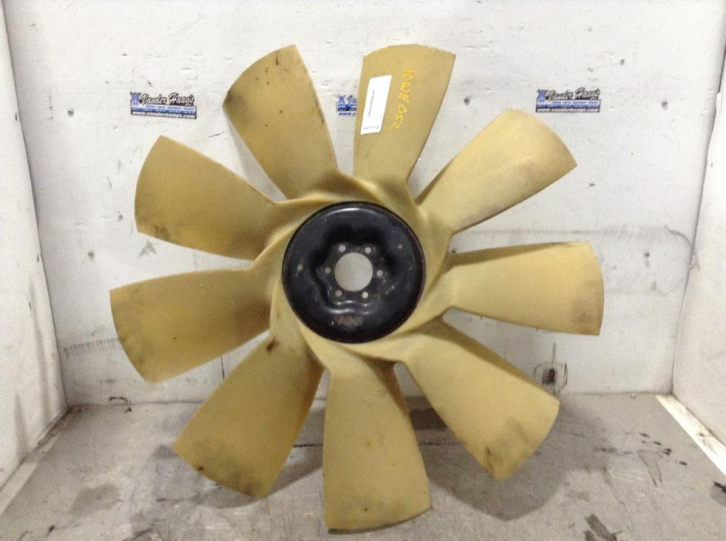 Used Fan Blade for 2010 FREIGHTLINER CASCADIA 125.00 for sale-57240601