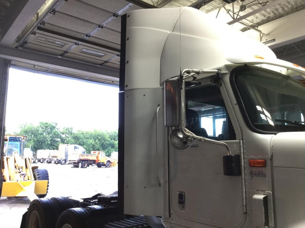 Used Fairing for 2006 INTERNATIONAL 9400 200.00 for sale-57225701