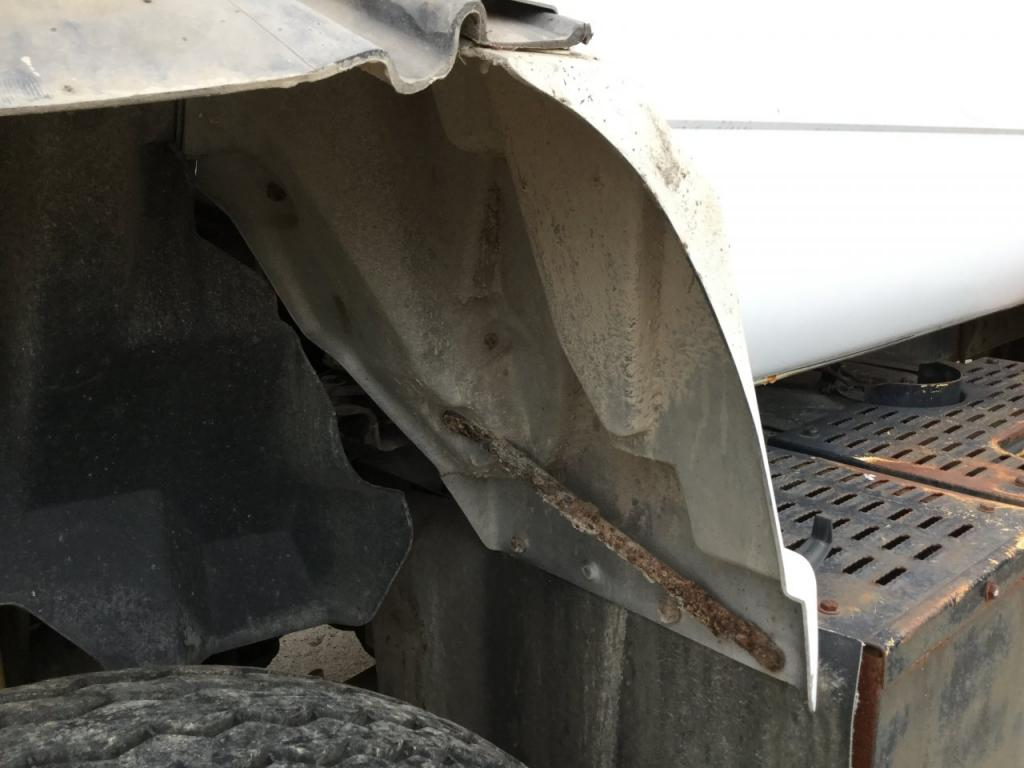 Used Fender for 1991 GMC TOPKICK 50.00 for sale-57257731
