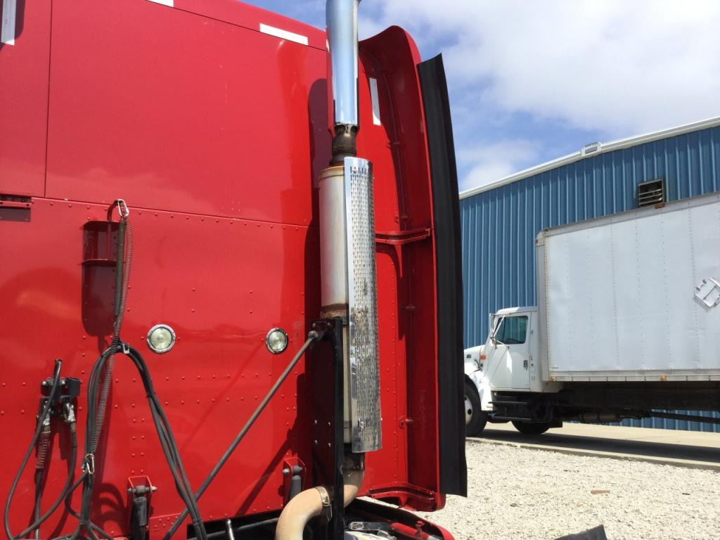 Used Fairing for 2011 PETERBILT 387 350.00 for sale-57234691
