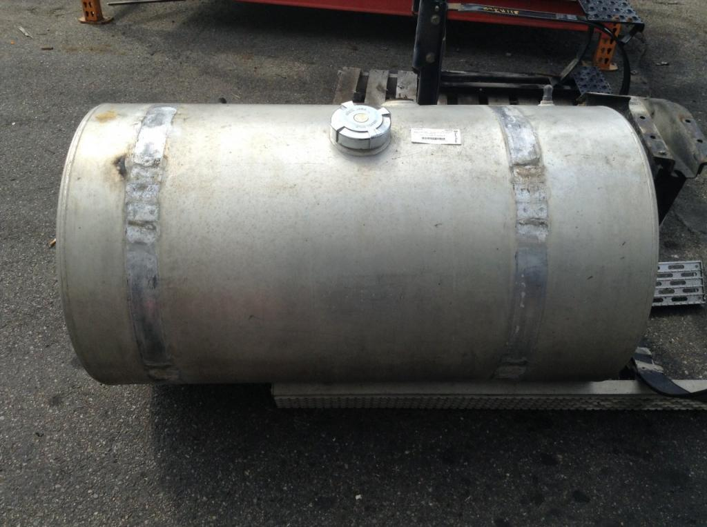 Used Fuel Tank for 1995 INTERNATIONAL 9200 750.00 for sale-57283301