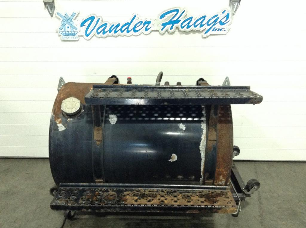 Used Fuel Tank for 2005 INTERNATIONAL 8600 450.00 for sale-57282721