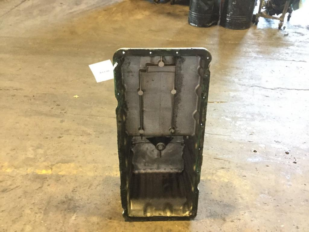 Used Engine Oil Pan for 2007 FREIGHTLINER M2 106 350.00 for sale-57209561