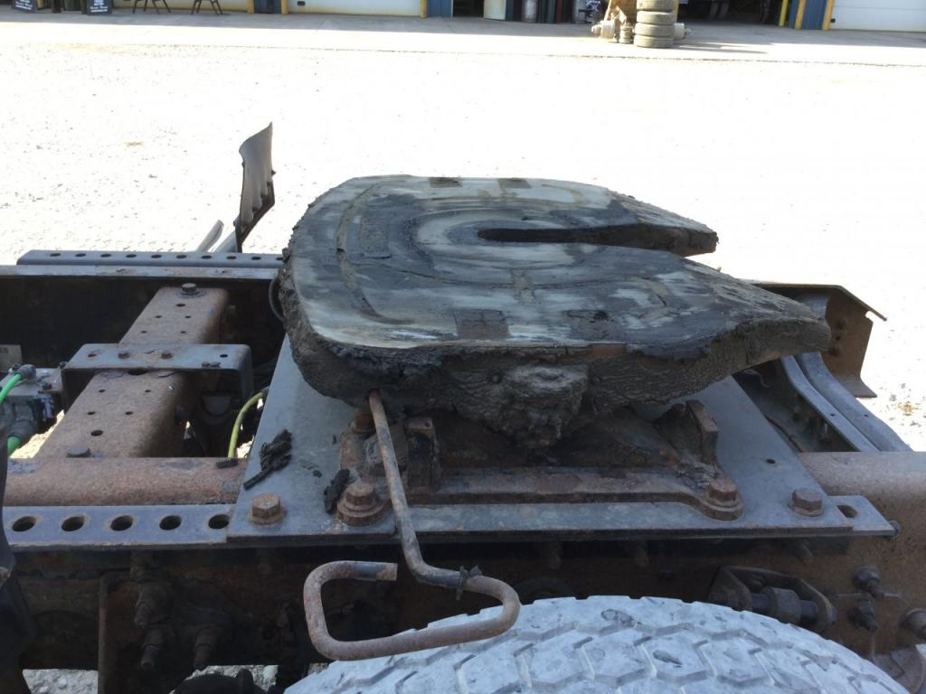 Used Fifth Wheel for 2005 INTERNATIONAL 8500 200.00 for sale-57271571