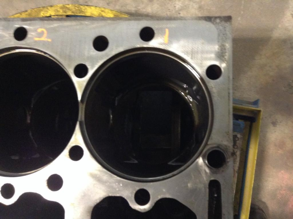 Used Engine Block for 2005 INTERNATIONAL 4300 1500.00 for sale-57202681