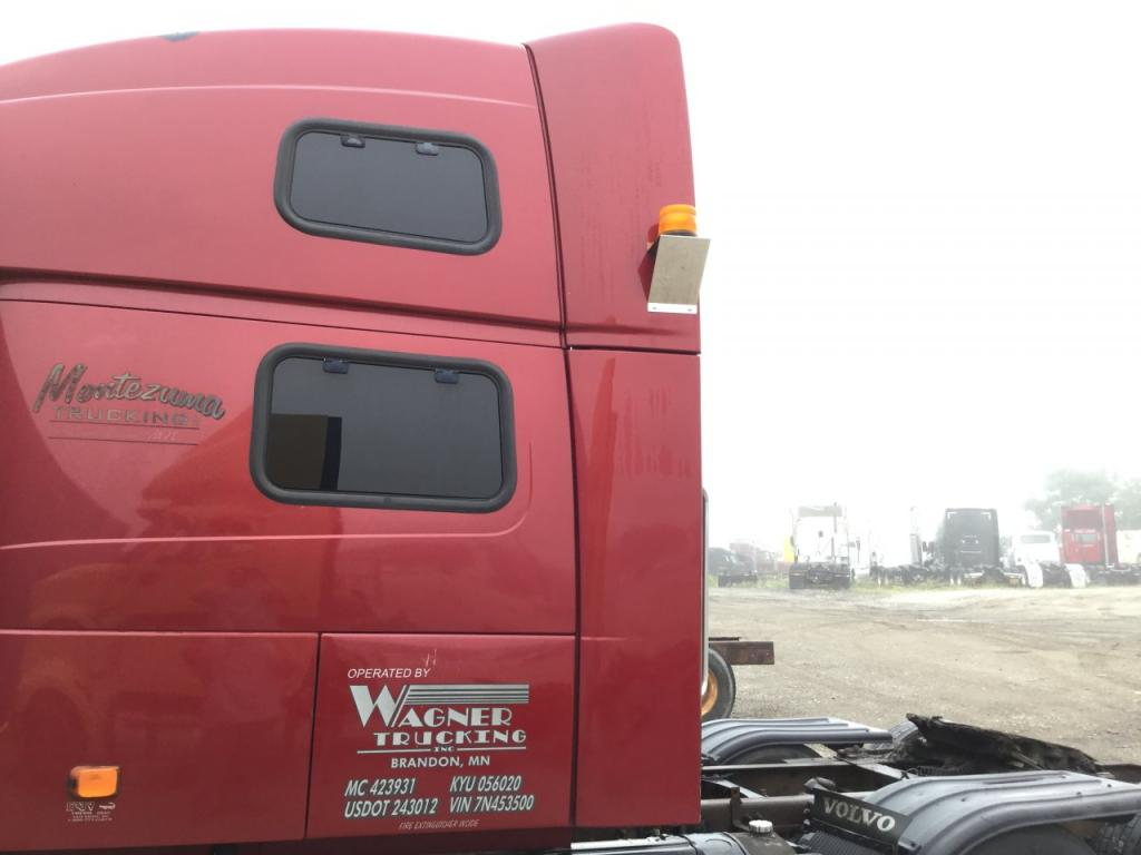 Used Fairing for 2007 VOLVO VNL 400.00 for sale-57234891