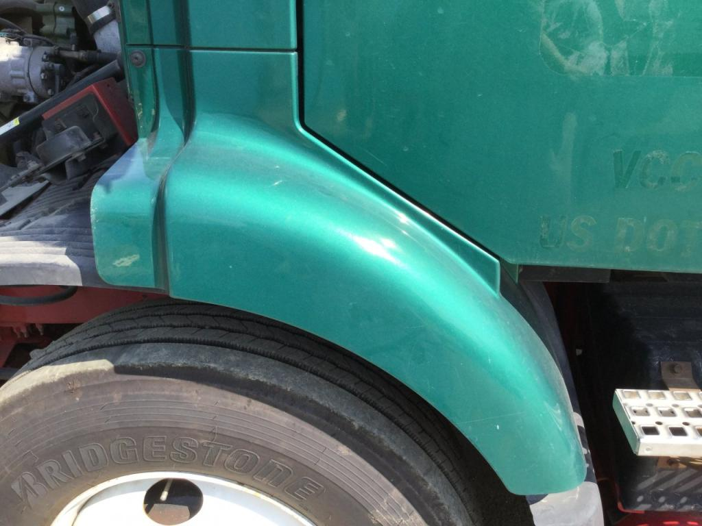 Used Fender for 2001 VOLVO VNM 150.00 for sale-57259031