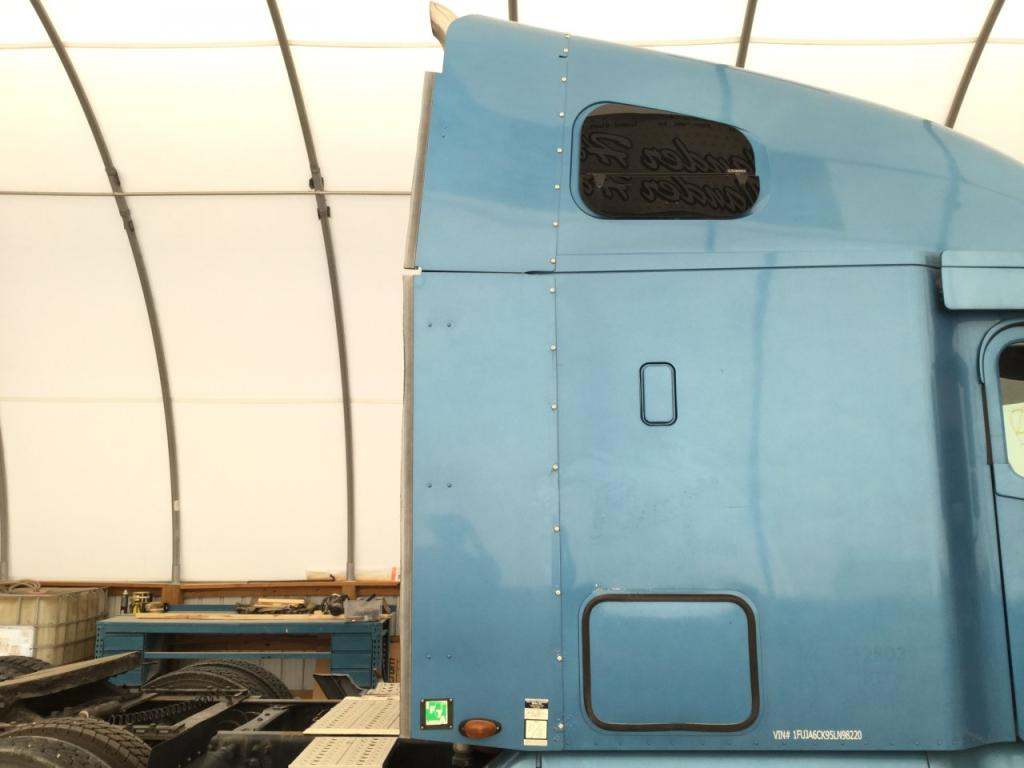 Used Fairing for 2005 FREIGHTLINER COLUMBIA 120 200.00 for sale-57234951