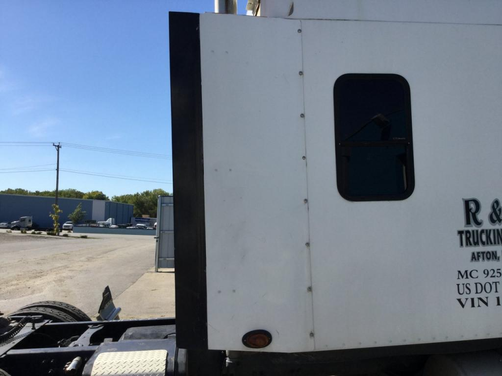 Used Fairing for 2007 FREIGHTLINER COLUMBIA 120 150.00 for sale-57226501