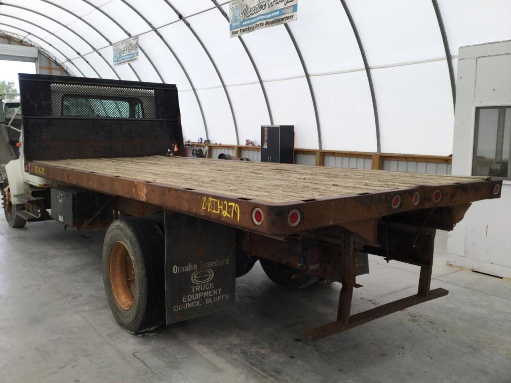 Used Flatbed (take-offs) for 2000 INTERNATIONAL 4700 1000.00 for sale-57274981