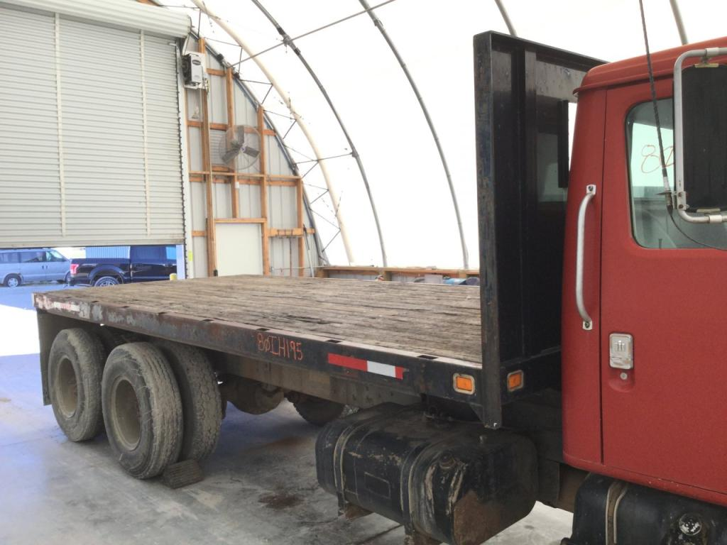 Used Flatbed (take-offs) for 1980 INTERNATIONAL S1900 1500.00 for sale-57275001