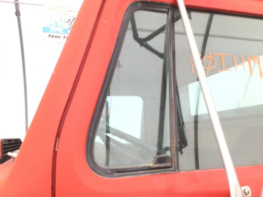 Used Door Vent Glass for 1980 INTERNATIONAL S1900 50.00 for sale-57188581