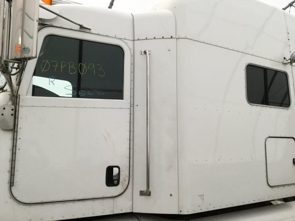 Used Fairing for 2007 PETERBILT 386 250.00 for sale-57220471