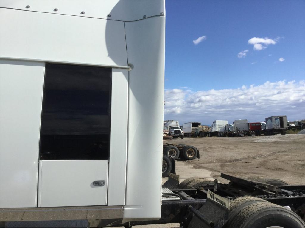 Used Fairing for 2006 Western Star 4900 400.00 for sale-57226821