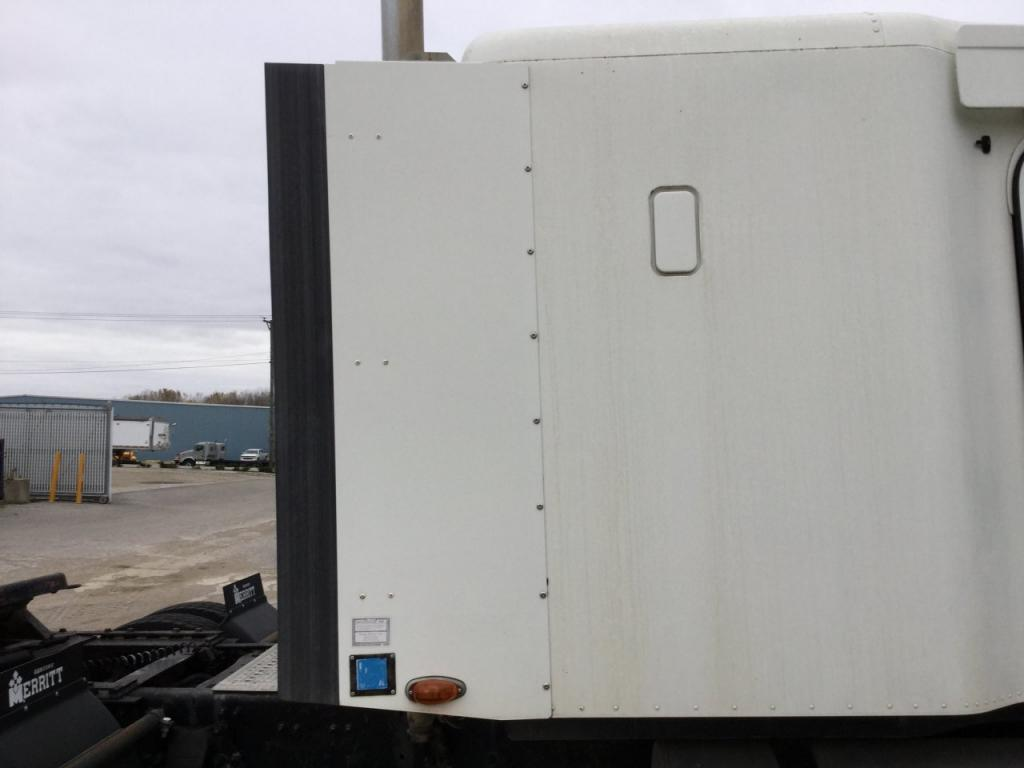 Used Fairing for 2001 FREIGHTLINER C120 CENTURY 150.00 for sale-57226931