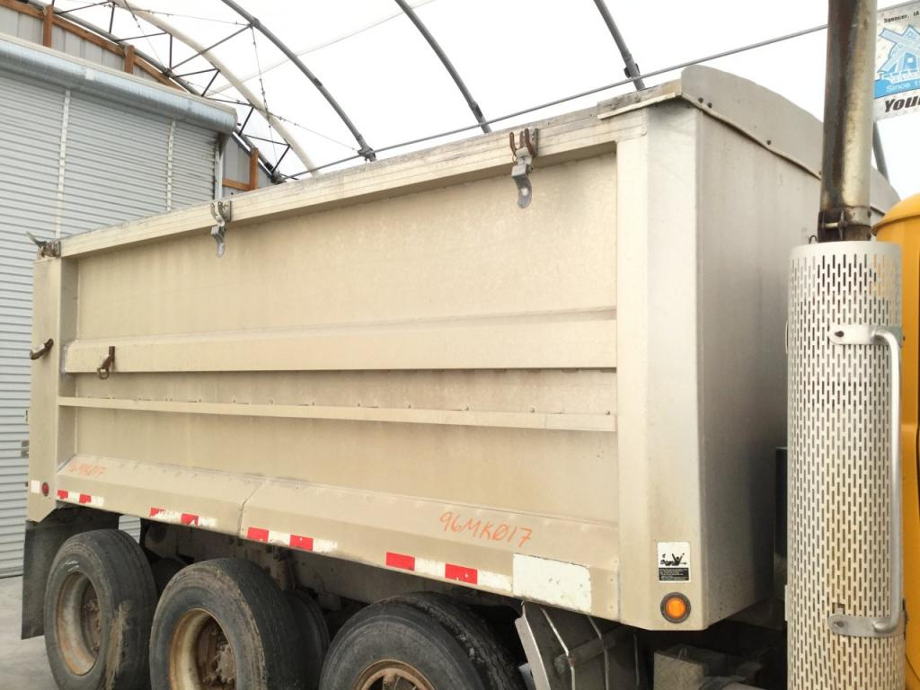 Used Dump bodies for 1996 MACK RD600 5000.00 for sale-57189871