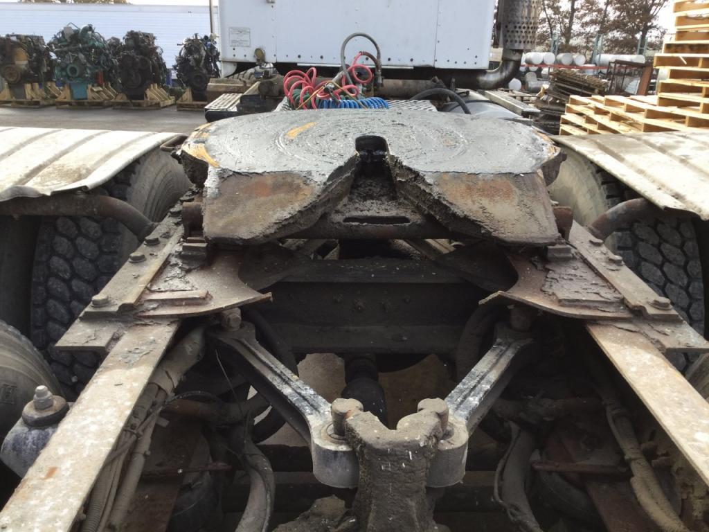 Used Fifth Wheel for 2001 KENWORTH T800 250.00 for sale-57272511