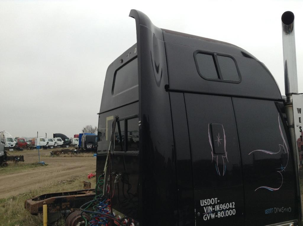 Used Fairing for 2001 Western Star 4900EX 250.00 for sale-57233101