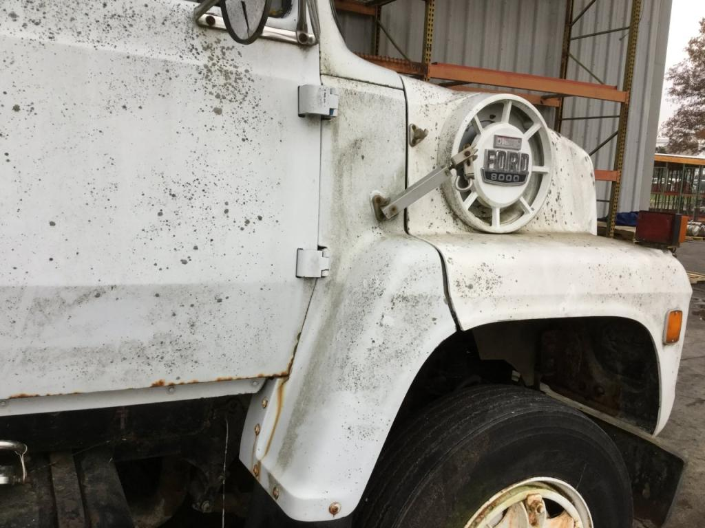 Used Fender for 1985 Ford LN9000 100.00 for sale-57261191
