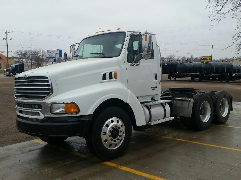 Tractor 2004 STERLING AT9513 for sale-53005421