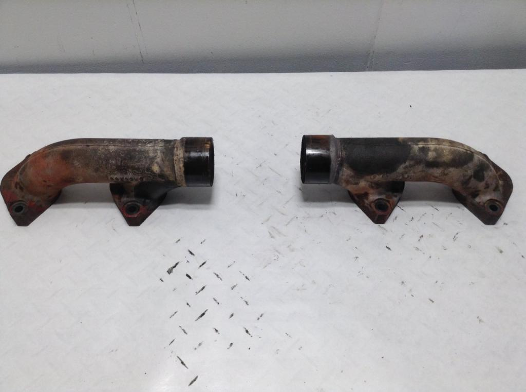 Used Exhaust Manifold for 2000 PETERBILT 379 300.00 for sale-57218241