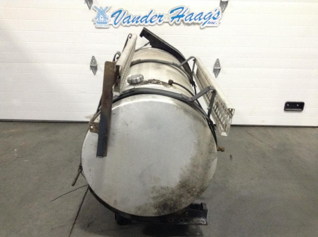Used Fuel Tank for 2008 VOLVO VNM 750.00 for sale-57282711