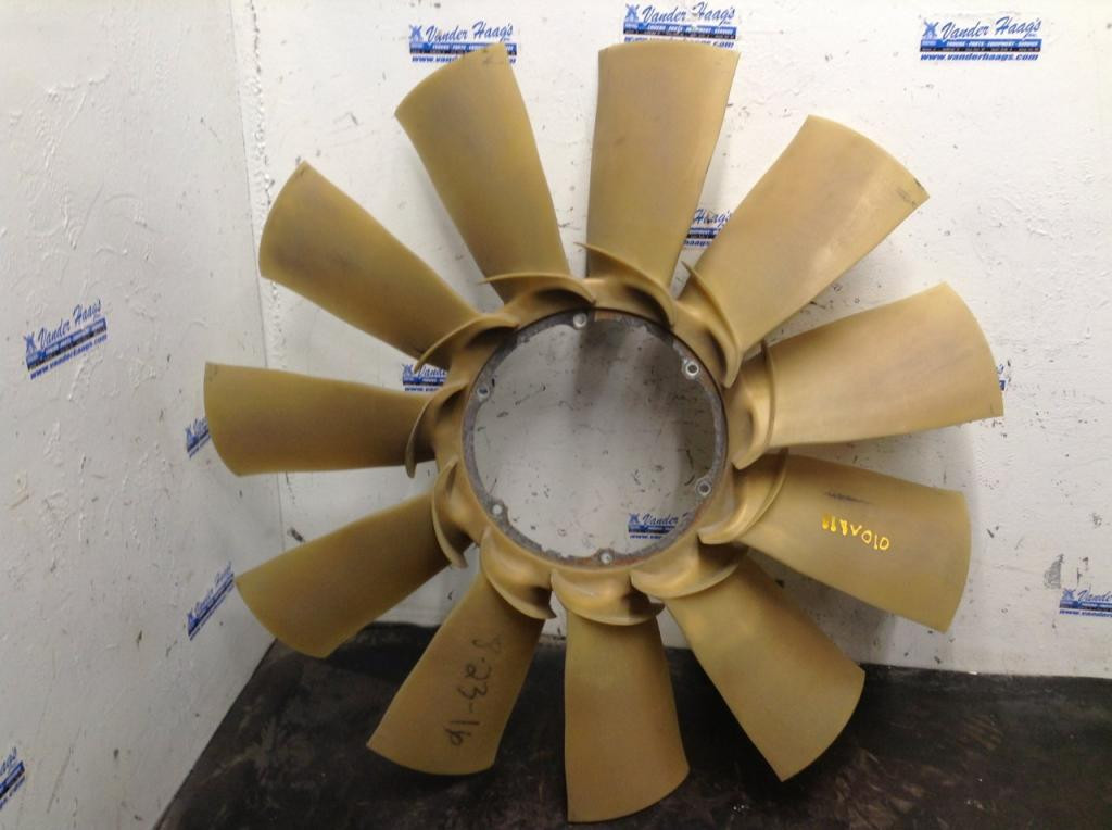 Used Fan Blade for 2011 VOLVO VNL 100.00 for sale-57241331