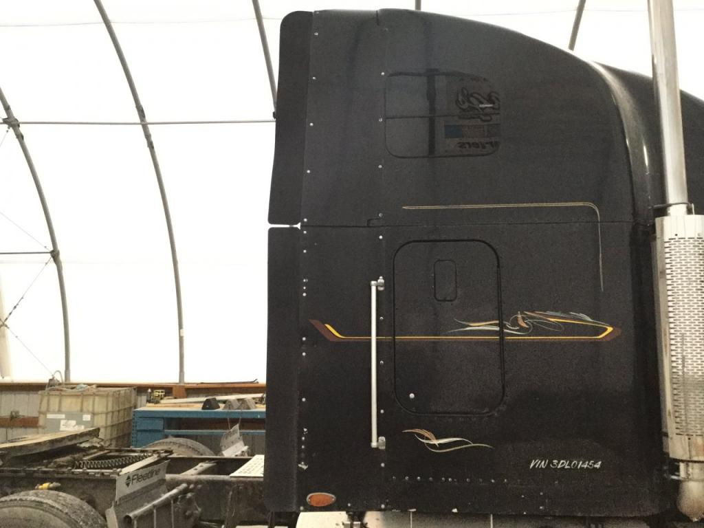 Used Fairing for 2003 FREIGHTLINER CLASSIC XL 250.00 for sale-57235581