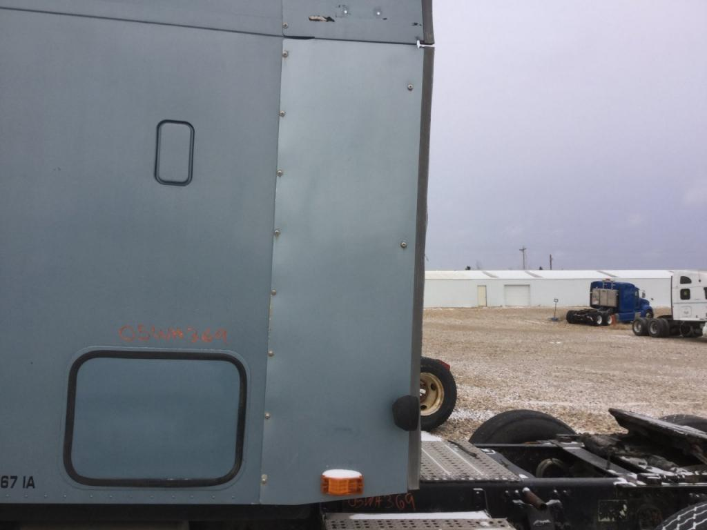 Used Fairing for 2005 FREIGHTLINER COLUMBIA 120 225.00 for sale-57235591