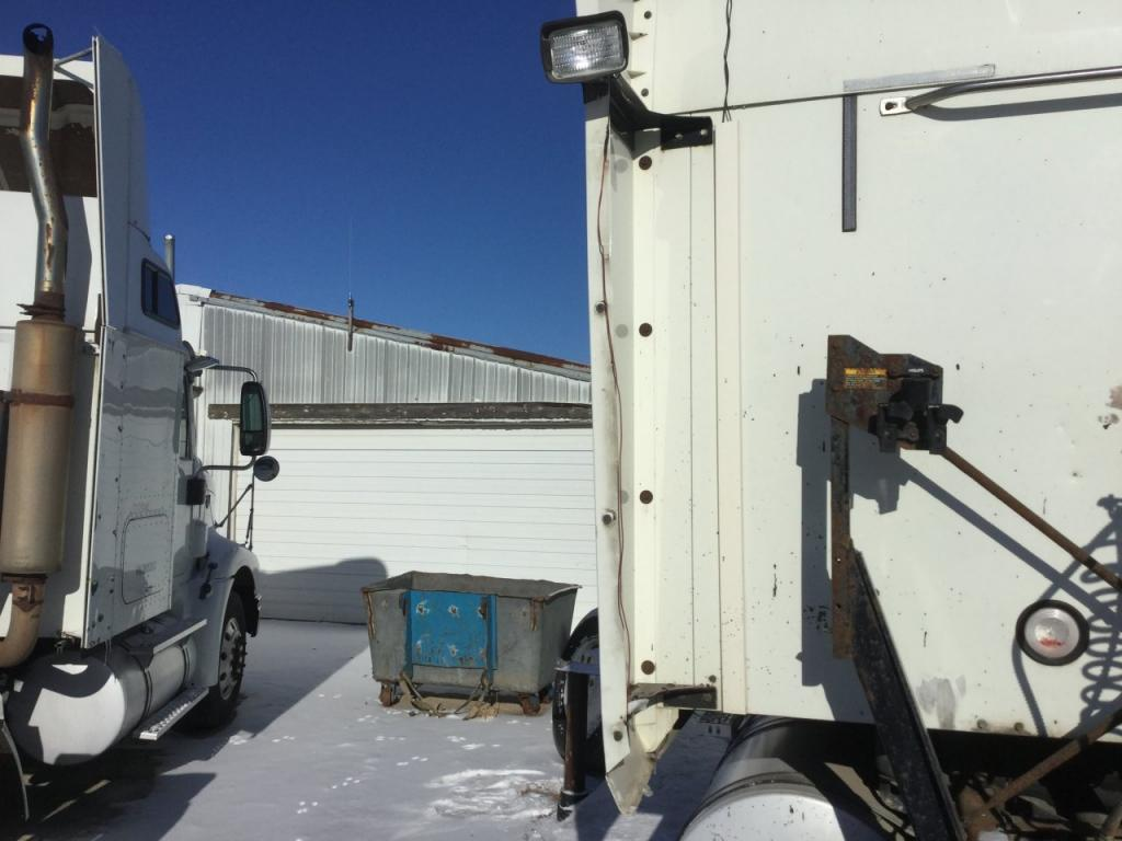 Used Fairing for 2005 MACK CX VISION 150.00 for sale-57227671