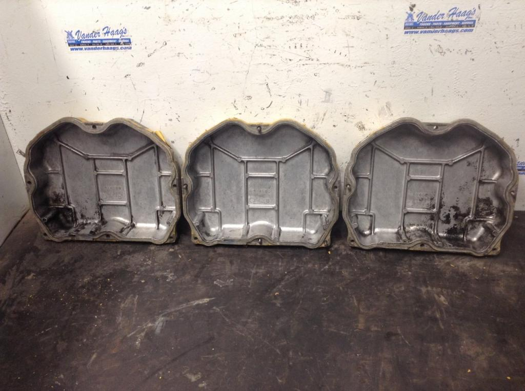 Used Engine Valve Cover for 1994 VOLVO WIA 75.00 for sale-57214711
