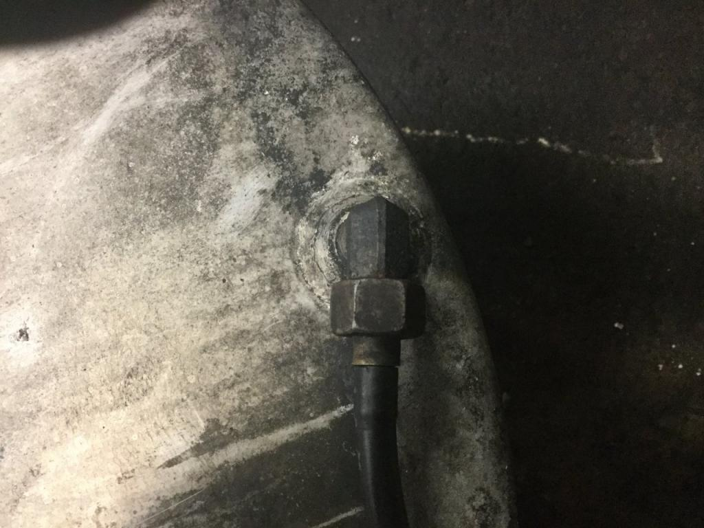 Used Fuel Tank for 2000 VOLVO VNM 750.00 for sale-57283341