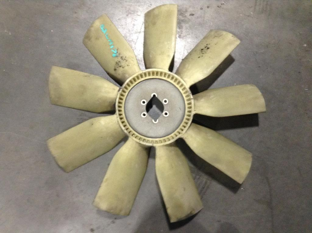 Used Fan Blade for 2002 FREIGHTLINER FLD120 150.00 for sale-57241341