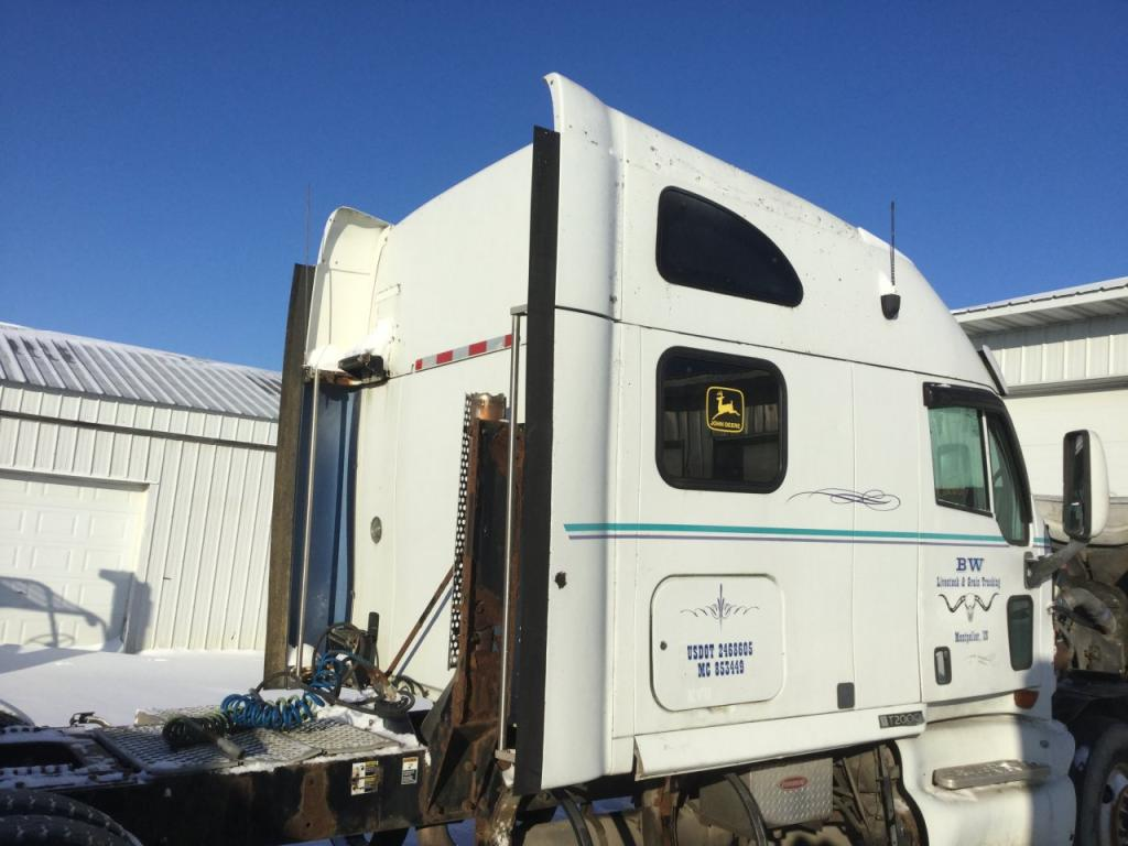 Used Fairing for 2001 KENWORTH T2000 250.00 for sale-57235671