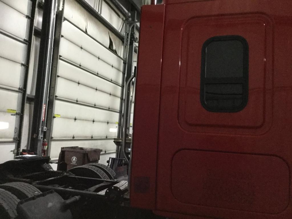 Used Fairing for 2011 FREIGHTLINER CASCADIA 200.00 for sale-57227771