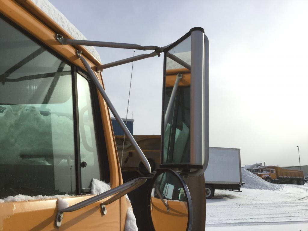 Used Door Mirror for 1996 INTERNATIONAL 4900 100.00 for sale-57186591