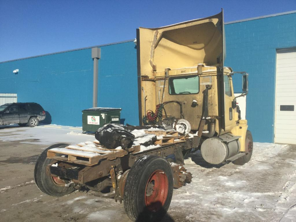 Used Engine Assembly for 2003 INTERNATIONAL 9400 5500.00 for sale-57195261