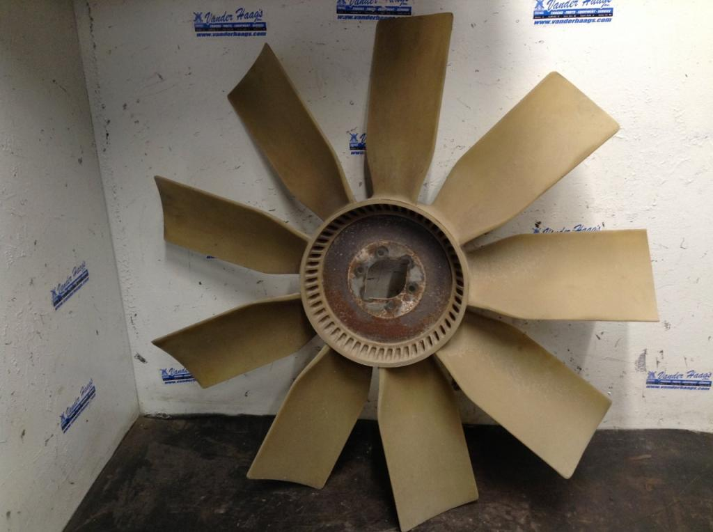 Used Fan Blade for 2003 FREIGHTLINER COLUMBIA 120 75.00 for sale-57240981