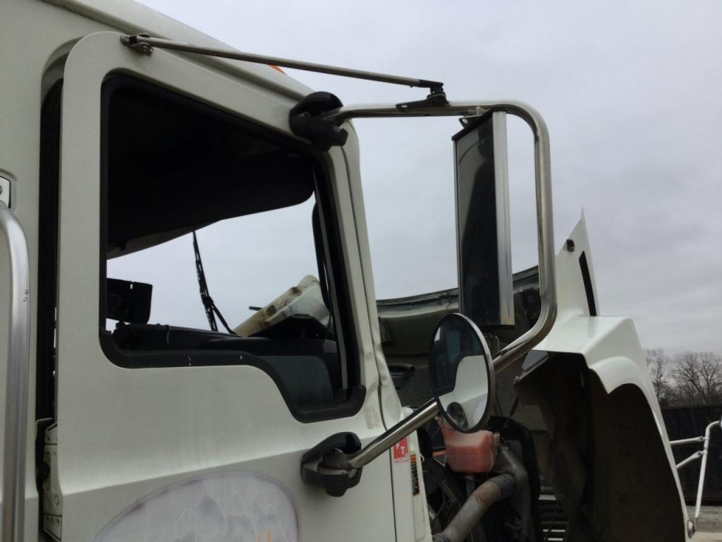 Used Door Mirror for 2010 MACK CH600 200.00 for sale-57186921